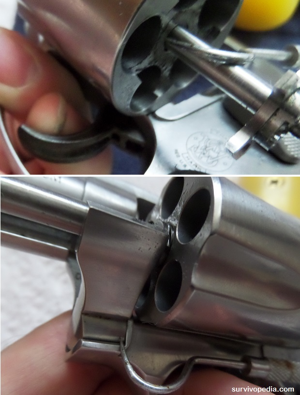 Use a small metal pick to remove dirt, grime, or powder residue from the extractor