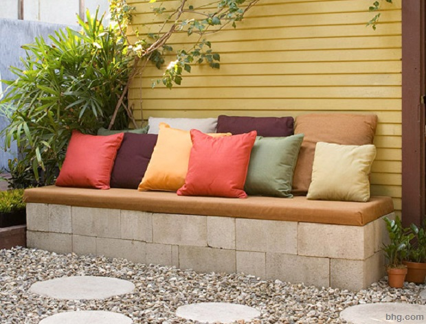 how to build a concrete block bench