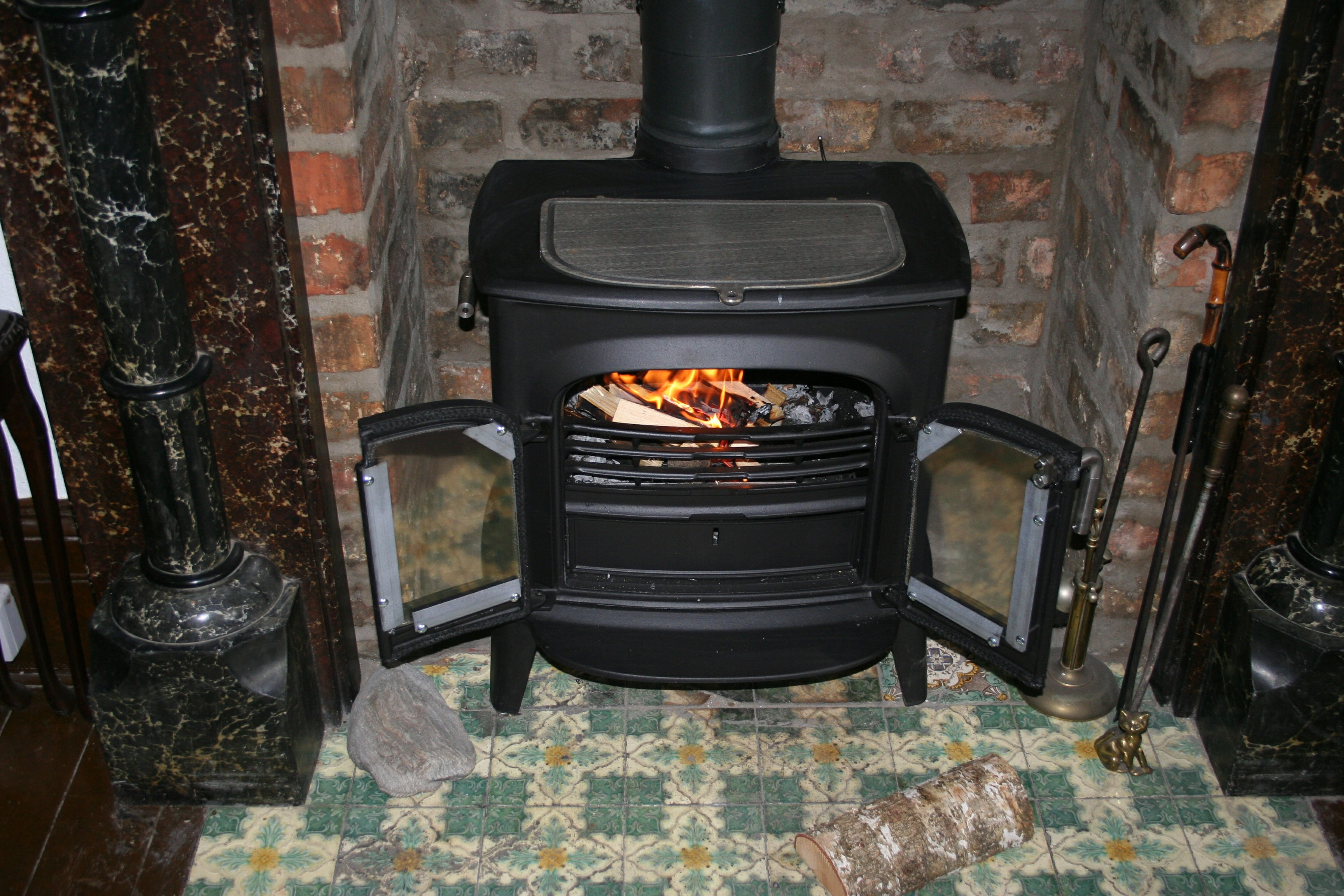 Do Natural Gas Fireplaces Work Without Electricity