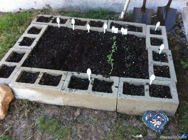 DIY Projects: 15 Ideas For Using Cinder Blocks